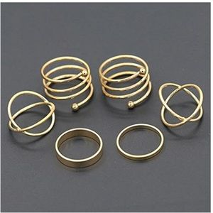 Jewelry - Golden spiral ring set